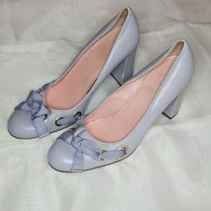 Joan & David slip on eyelet ribbon bow heels 7.5